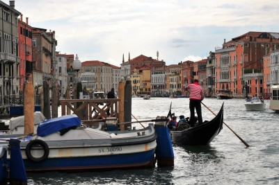 View by Rialto Bridge. Credit: Carmen Pölsler